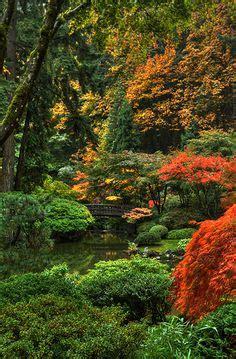 zen zen gardens and stepping stones on