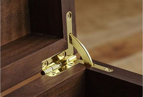 installing quadrant hinges wood magazine