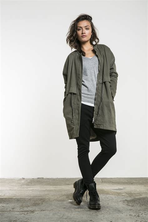 army jacket  dr martens  images dr martens outfit army jacket outfits stylish