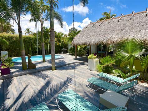Miami With Pool, Tiki Hut ...