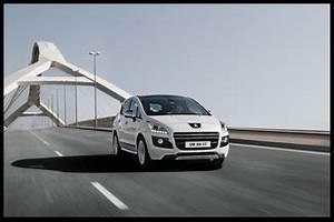 Poids Peugeot 3008 : fiche technique peugeot 3008 hybrid4 2 0 e hdi fap bmp6 electric 37ch l 39 ~ Medecine-chirurgie-esthetiques.com Avis de Voitures