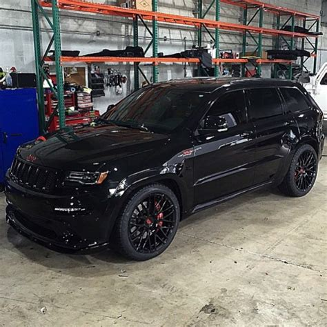 jeep cherokee blacked out carswithoutlimits on instagram blacked out jeep srt with