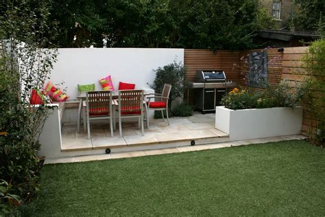 Patio Areas In Gardens by Small Garden Design In Home Home And Design