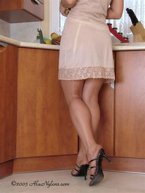 Pantyhose Petticoat Video Porn Galleries