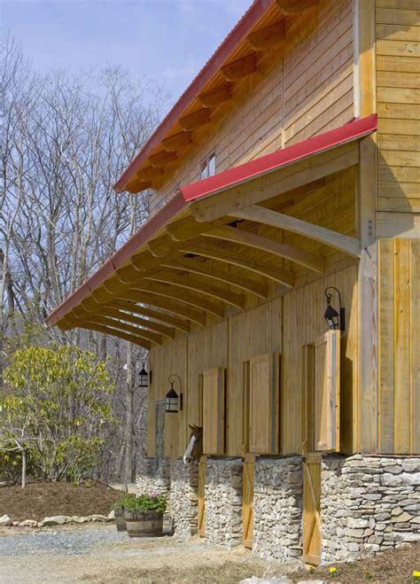 love  barn     nice rich cherry wood stain timber frame barn