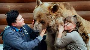 Russian Family Share Their Lives With A 300lb Bear Who
