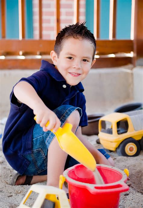 outdoor play   newcastle preschool