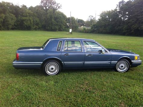 Town Car by 1991 Lincoln Town Car Information And Photos Zomb Drive