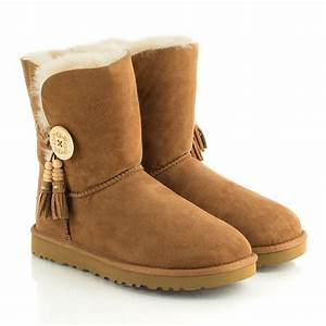 UGG® Chestnut Bailey Charms Women's Boot
