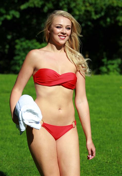 emily baldoni bikini stephanie hill bikini photoshoot in derbyshire