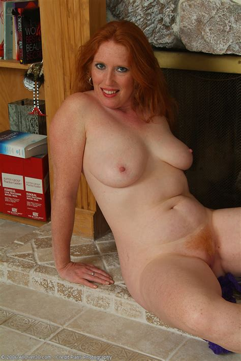 Mature Redhead With Flaming Hot Hairy Pussy Gets Naked Pichunter