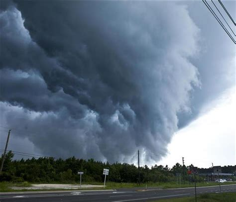 How Hurricanes Form Tornadoes | SERVPRO of Jacksonville South