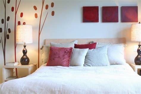chambre feng shui en beige  rouge decor chambre