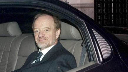 march   commons leader robin cook resigns