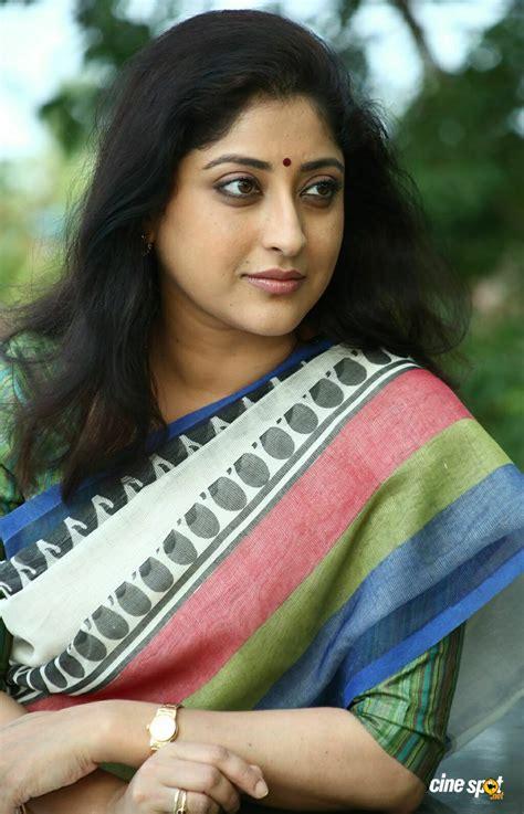Lakshmi Gopalaswamy In Oru Indian Pranayakatha 3