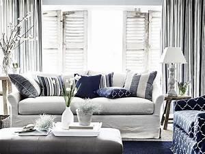 Sofa Nordischer Stil : long island sofa in pale oat designer living rooms ~ Lizthompson.info Haus und Dekorationen