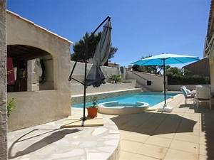 Grand Garage De Provence : ventes vente maison t6 f6 carnoux en provence avec piscine et grand garage cassis immobilier ~ Gottalentnigeria.com Avis de Voitures