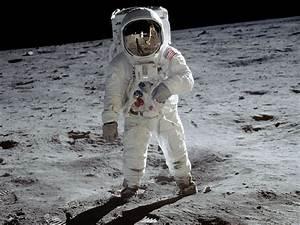 Apollo 11: NASA video of 1st moon walk 'erased'