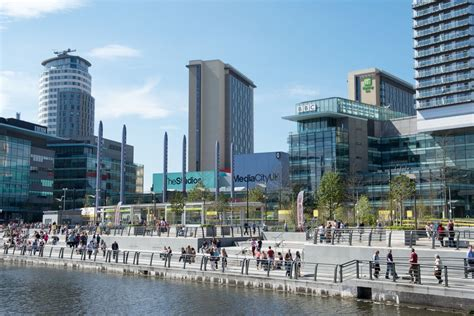 MediaCityUK Phase 1 - Projects - Gillespies
