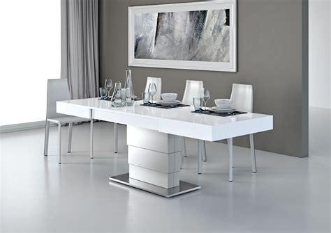 canapé noir et blanc but table relevable le monde du convertible