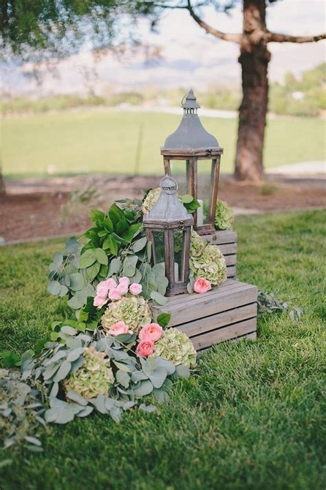 36 Shabby And Chic Vintage Wedding Ideas Deer Pearl Flowers