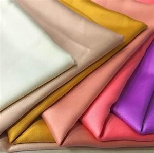 Spannbettlaken Polyester Satin : satin fabric ~ Michelbontemps.com Haus und Dekorationen