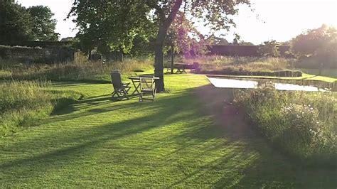 Le Jardin Plume  Les Buis En Vagues Youtube