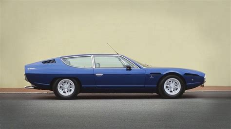 Does Lamborghini Have A 4 Seater?