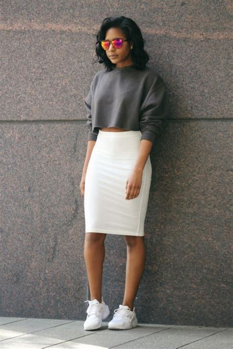 Enhance your features with white pencil skirt - mybestfashions.com