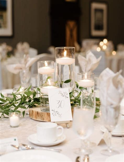 Simple Wedding Centre Piece in 2020 Wedding centerpieces