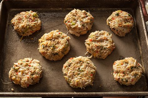 Advice, recipes, and tips are all greatly appreciated! The Best Condiment for Crab Cakes - Best Round Up Recipe Collections