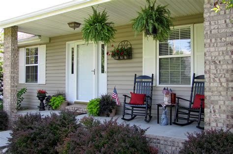 Front Porch Table by Decorate A Front Porch Chairs And Table Design Ideas