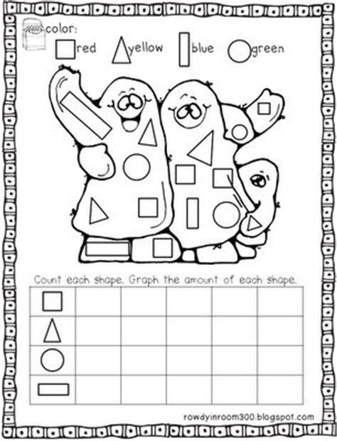 Halloween Math For Preschoolers  Halloween Math And Literacy Stationshalloween Worksheets