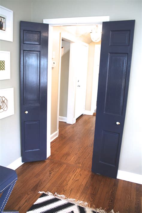 how to paint interior doors how to paint your interior doors the easy way part 2