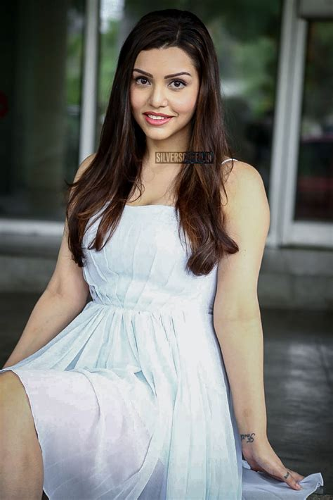 deeksha panth  kyra dutt  ego press meet
