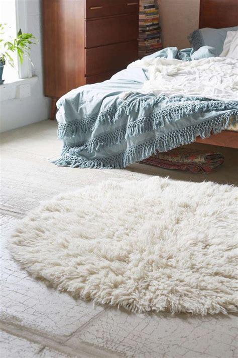 tapis pour chambre de b petit tapis de chambre idées de décoration intérieure