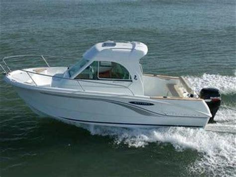 motoscafo cabinato barca o gommone consigli per la scelta giusta