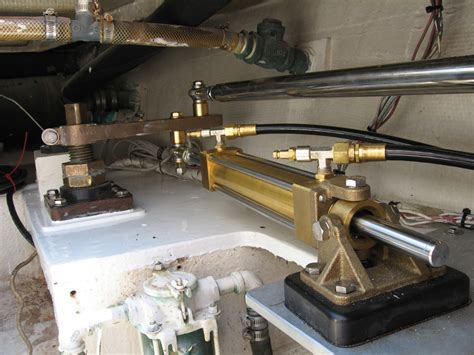 maintain  hydraulic systems   boat power