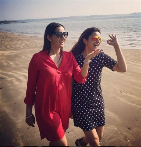 bollywood celebrities beach outfits  indian actress