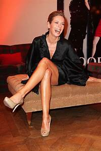 Lisa Martinek Bruder : lisa martinek fashion glamour beautiful legs pinterest beautiful legs glamour and legs ~ Frokenaadalensverden.com Haus und Dekorationen