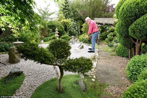 types of japanese garden welbourn blind pensioner spends 15 years creating japanese garden for childhood sweetheart
