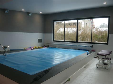 cabinet de kine avec piscine cabinet de kin 233 sith 233 rapie avec piscine 224 la tour du pin fabien perret architecte lyon