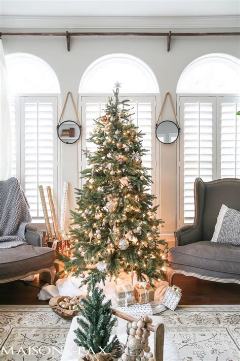 Green And White Christmas Decorating Ideas  Maison De Pax