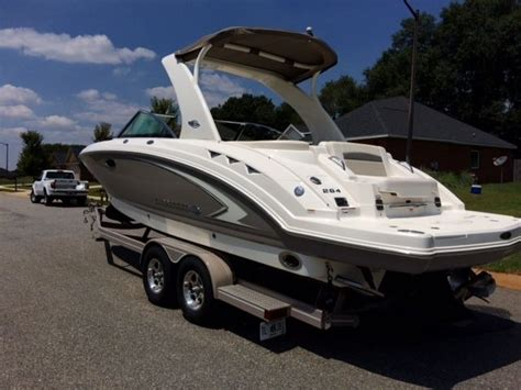 folding table seats 8 chaparral sunesta 264 2008 for sale for 40 000 boats