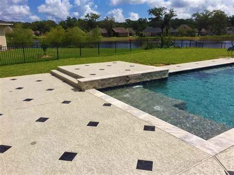 licensed cool decking contractor houston call