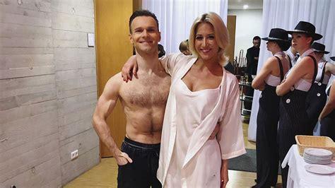 Together with her brother, patrick menzinger. Kathrin Menzinger hat sich vor Profi-Challenge verletzt ...