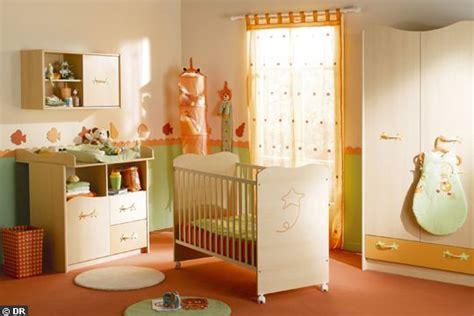 chambre bébé orange style décoration chambre bébé orange