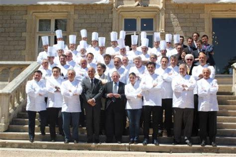 ecole de cuisine bocuse yannick alléno décerne les trophées bocuse co à l 39 institut paul bocuse