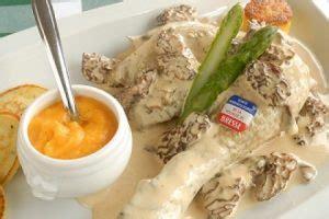 cuisiner un poulet de bresse préparer et cuisiner la volaille fagiht formation