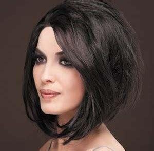coupe de cheveux pour visage rond femme 50 ans coiffure femme visage rond